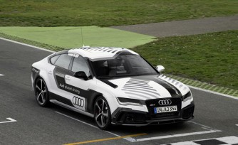 Watch the Self-Driving Audi RS7 Take on Hockenheim