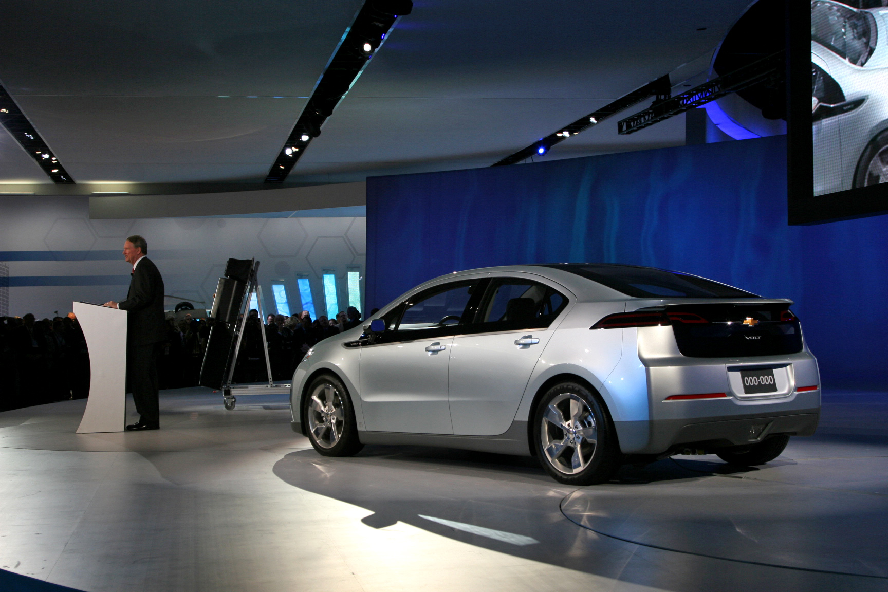 chevy volt made in america even the batteries news. Black Bedroom Furniture Sets. Home Design Ideas
