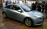 LA 2009: First Live Photos of Chevy's 40-MPG Cruze