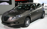 Detroit 2010: Chrysler Displays New Hatchback Concept Based on Italian Lancia Delta