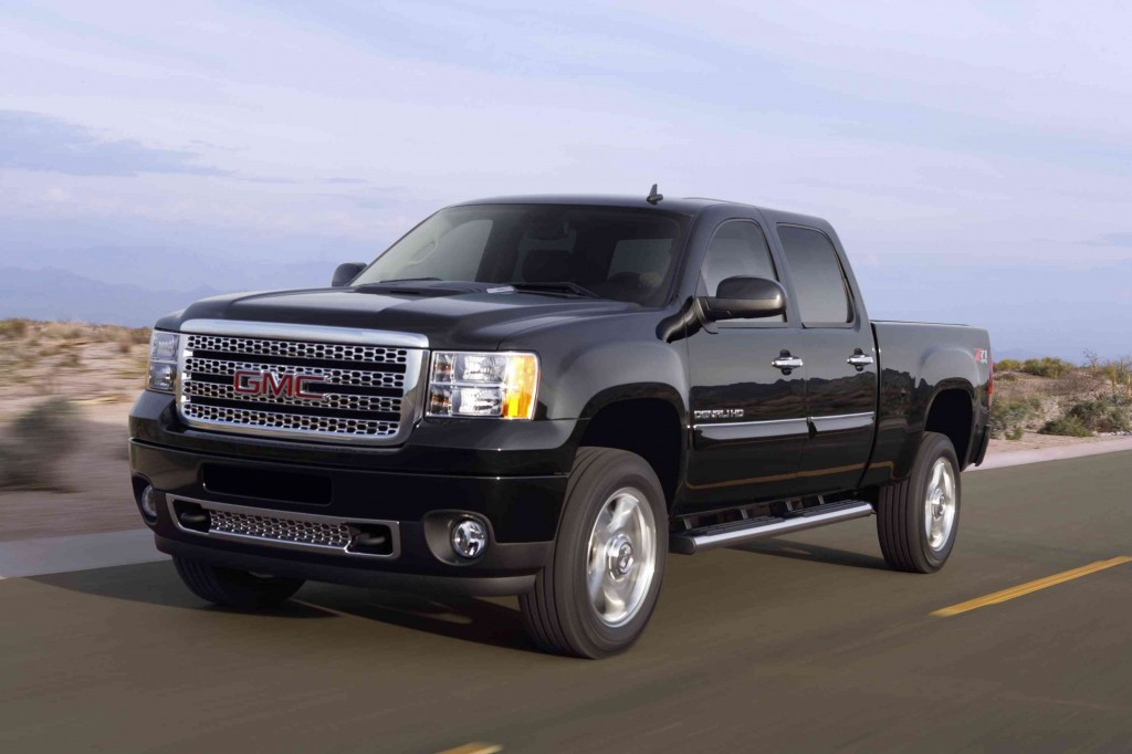 gmc expands denali heavy duty to include 1 ton trucks news. Black Bedroom Furniture Sets. Home Design Ideas
