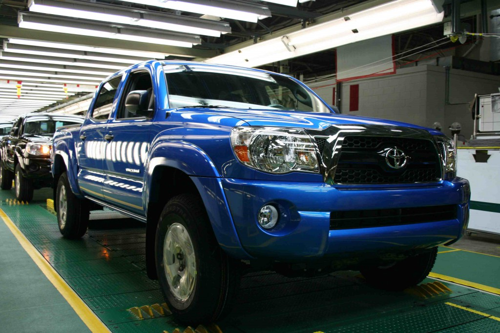 2011 Toyota Tacoma Spied With 4runner Like Grille