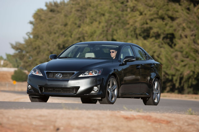 lexus is350 awd model announced es350 tuned for regular fuel news. Black Bedroom Furniture Sets. Home Design Ideas