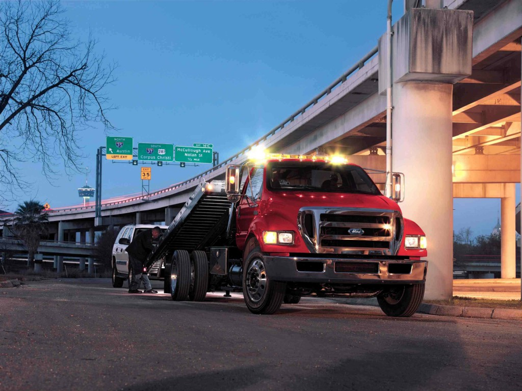 Cheap Car Insurance For Teens >> Ford to Offer 6.8-Liter V10 in F-650 and F-750 Chassis Cab Models » AutoGuide.com News