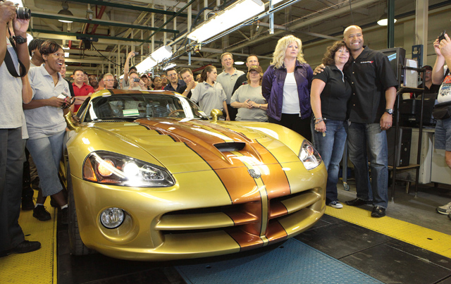 Last Dodge Viper Goes Out In A Blaze Of Earth Tone Glory