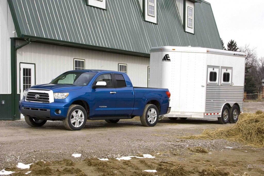 toyota lowers tundra tow ratings to deliver more realistic numbers news. Black Bedroom Furniture Sets. Home Design Ideas