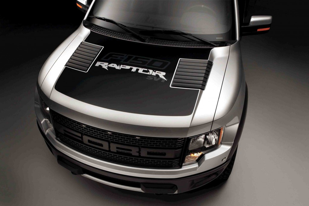 Ford Offers F 150 Raptor Matte Black Hood Decal In Nod To