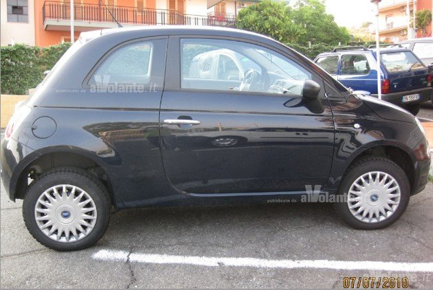 report fiat 500 to get all wheel drive variant news. Black Bedroom Furniture Sets. Home Design Ideas