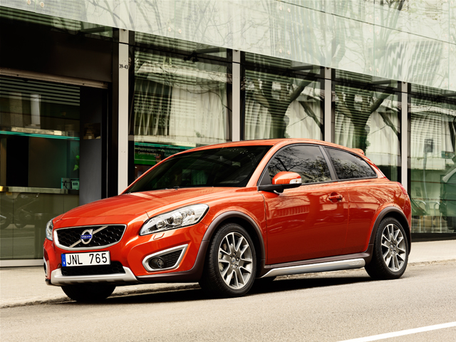 As a European automaker its more than just a little strange that Volvo has never offered a small 5-door hatchback considering cars like the VW Golf ... & Volvo C30 5-Door Coming in 2012 » AutoGuide.com News Pezcame.Com