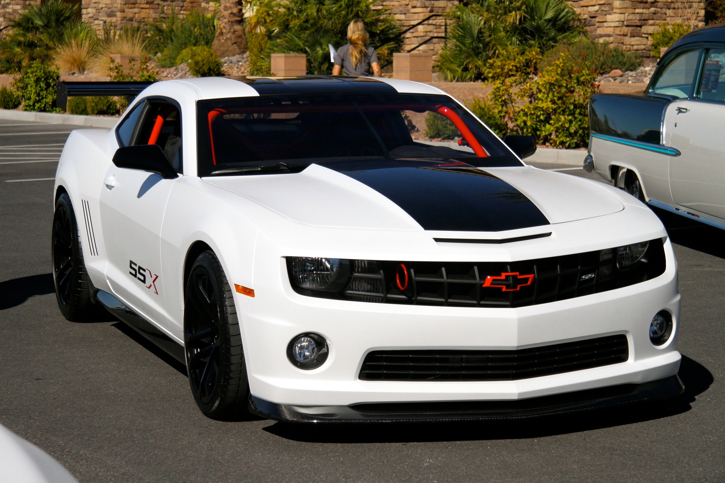 chevy camaro ssx track car concept thunders into sema. Black Bedroom Furniture Sets. Home Design Ideas