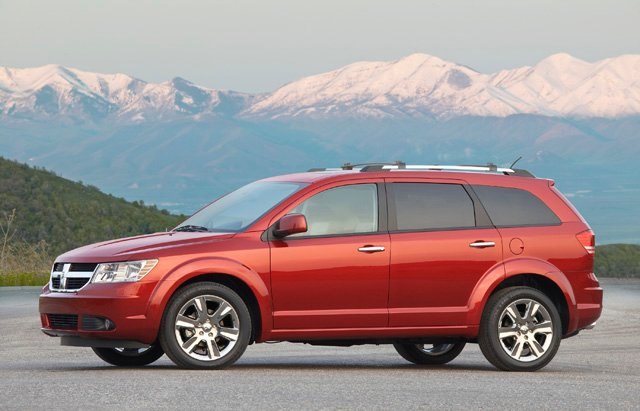 chrysler recalls 120 000 dodge journey ram 1500 models. Black Bedroom Furniture Sets. Home Design Ideas