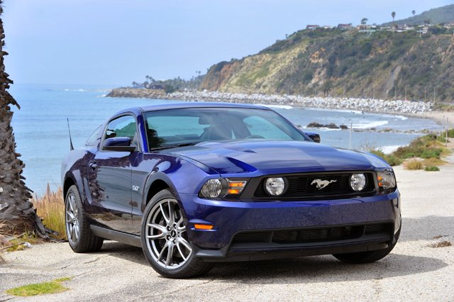 2012 ford mustang gt gets lower base price now under. Black Bedroom Furniture Sets. Home Design Ideas