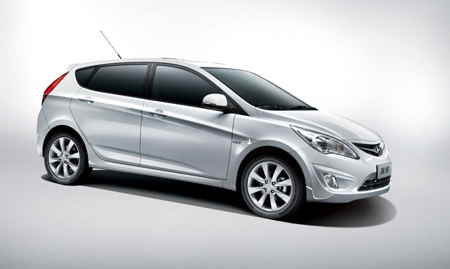 2012 Hyundai Accent Previewed With Verna Hatchback At