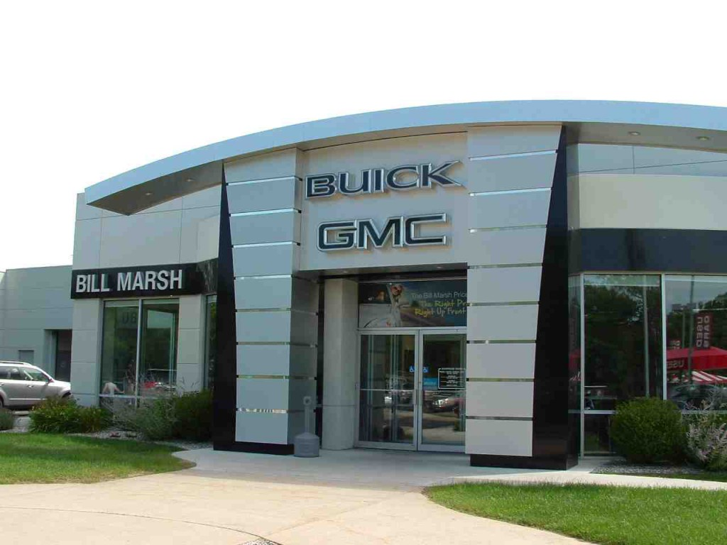Gm Revamps Buick Gmc Dealers Adds 39 Courtesy Transportation 39 News