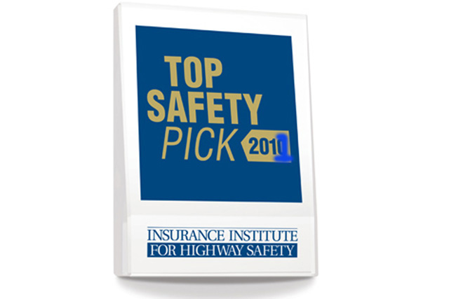 66 vehicles win iihs 2011 top safety pick award news. Black Bedroom Furniture Sets. Home Design Ideas