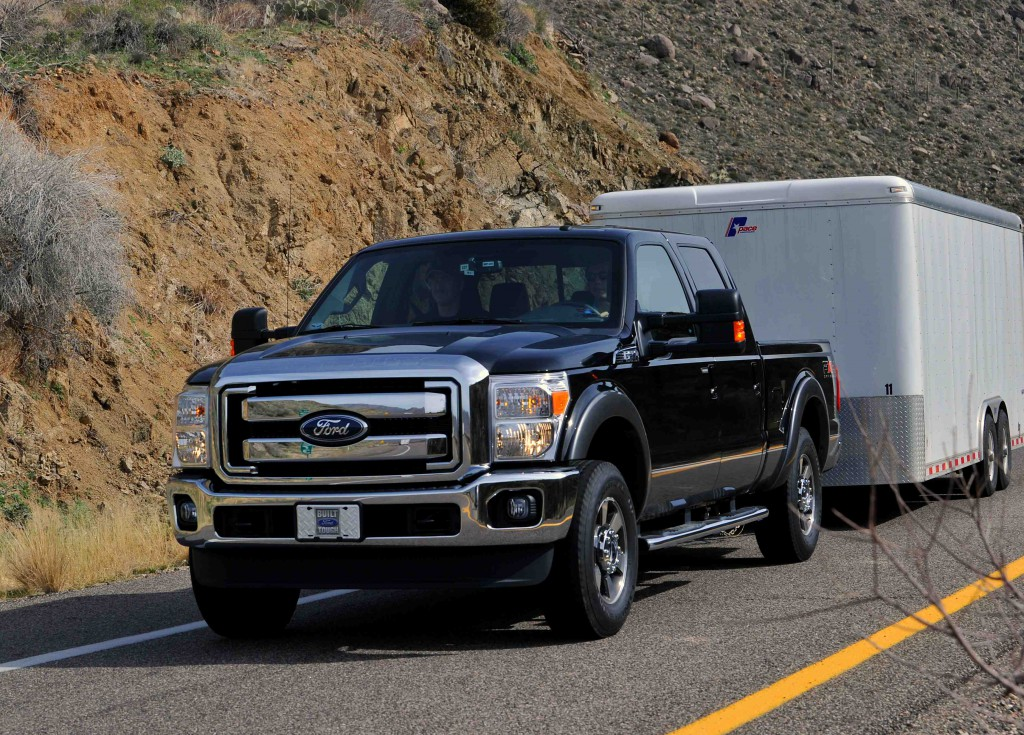 ford super duty reclaims best in class tow ratings news. Black Bedroom Furniture Sets. Home Design Ideas