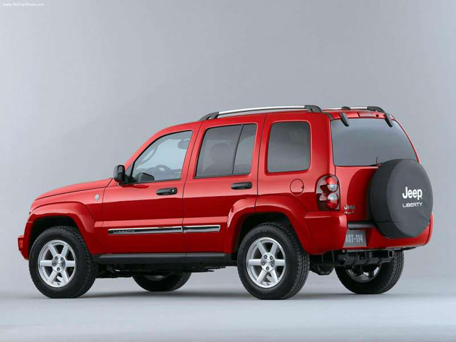 jeep liberty investigated by nhtsa over suspension. Black Bedroom Furniture Sets. Home Design Ideas