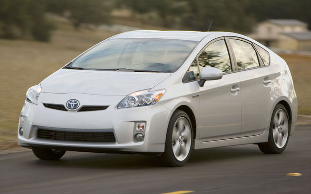 toyota prius sales soar as price of gasoline officially reaches 4 per gallon news. Black Bedroom Furniture Sets. Home Design Ideas