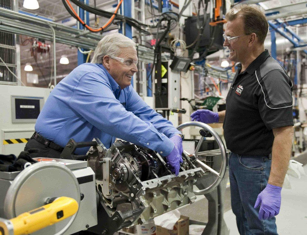 Rick Hendrick Builds His Own Corvette Engine » AutoGuide ...