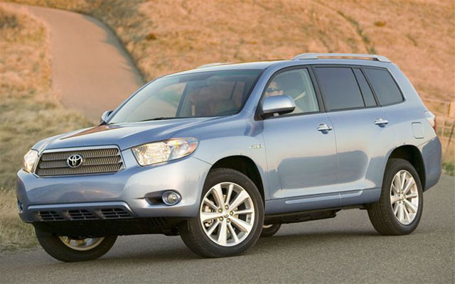 toyota issues recall for highlander and lexus rx400h hybrids news. Black Bedroom Furniture Sets. Home Design Ideas
