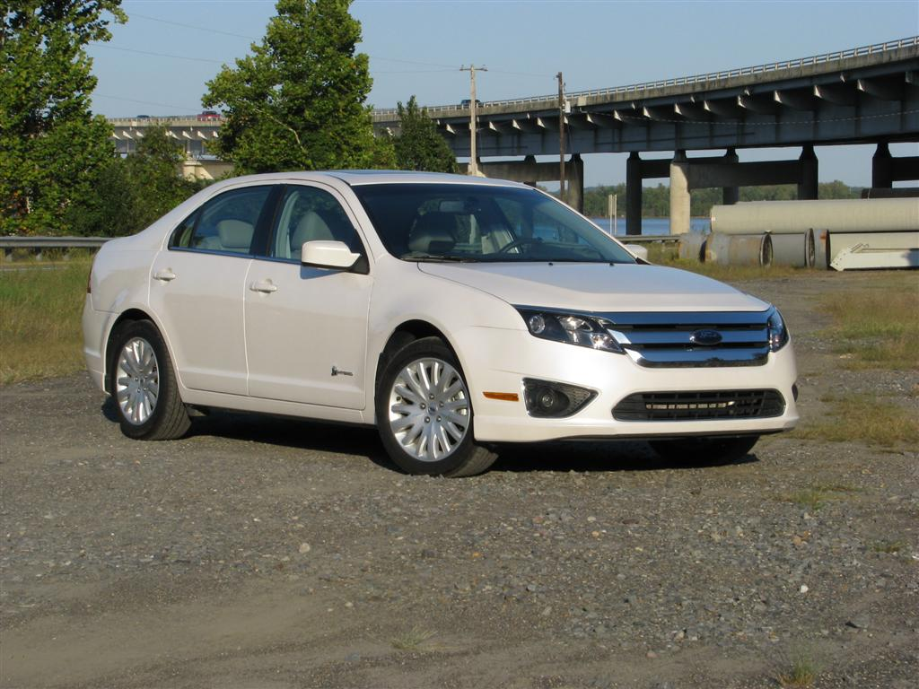 Beautiful Ford Fusion Overtakes Honda Accord In American Sales