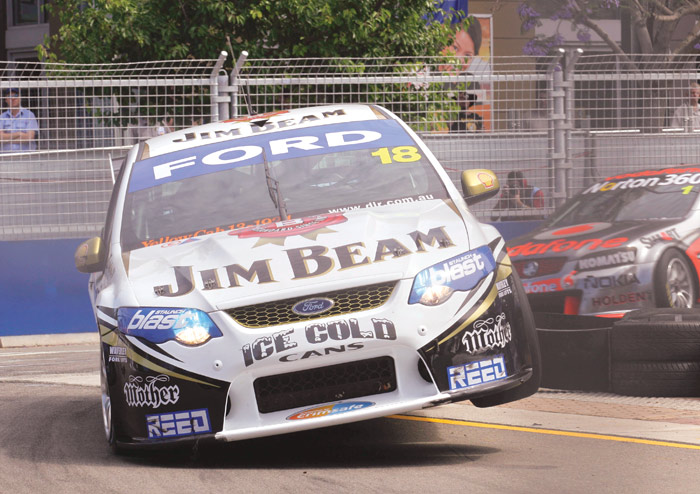 Australian V8 Supercars Signs 5 Year Contract with Austin ...