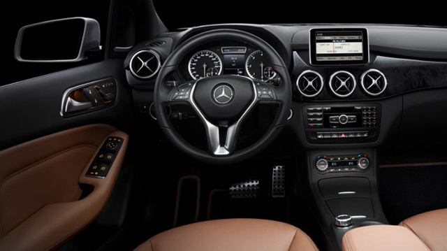 Mercedes benz 39 s b class interior images revealed for Interieur mercedes classe b