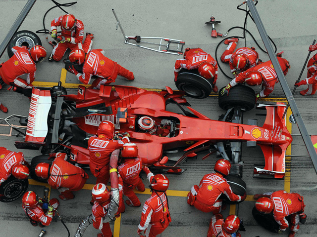 F1 Goes Green With New Electric-Only Pit Lane Rule ...