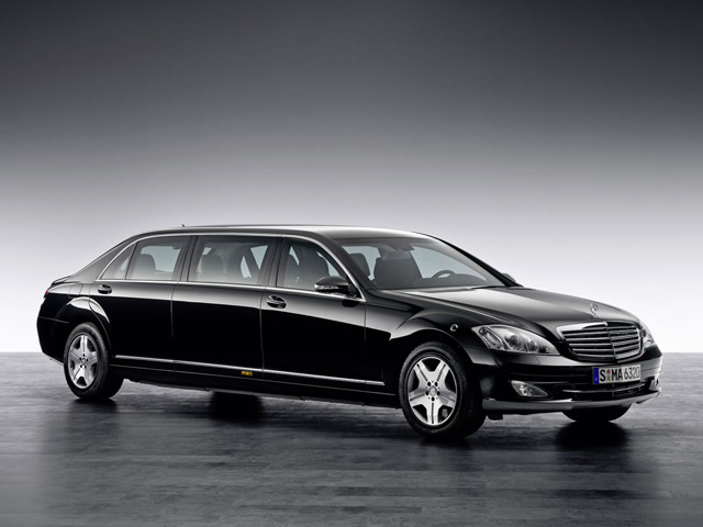 Kim jong il buys mercedes benz s600 pullman guard while for Who buys mercedes benz