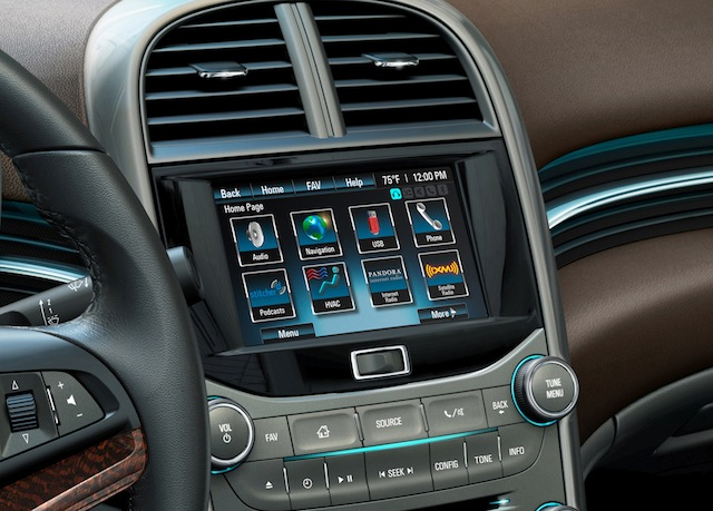 2013 Chevy Malibu Mylink System First Look Video