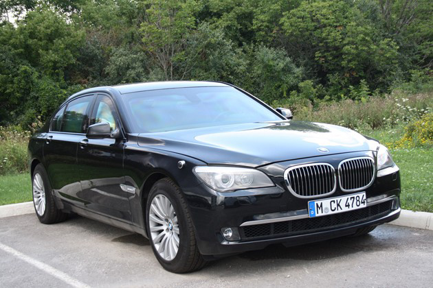 BMW 760Li High Security Spotted in Canada; But is it ...