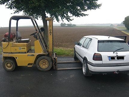 Man Tries To Escape DUI By Moving Crashed Car With Stolen ...