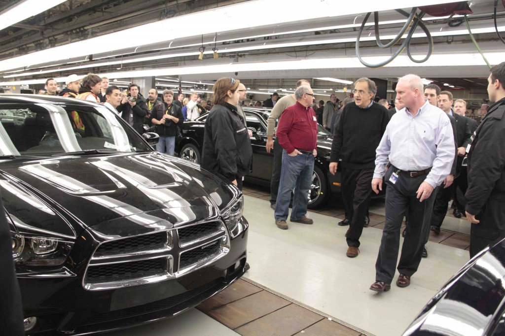 Chrysler Gets Ready to Take on Canadian Auto Workers ...