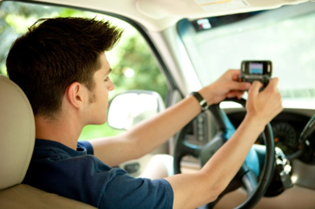 Teen Texting And Driving 60