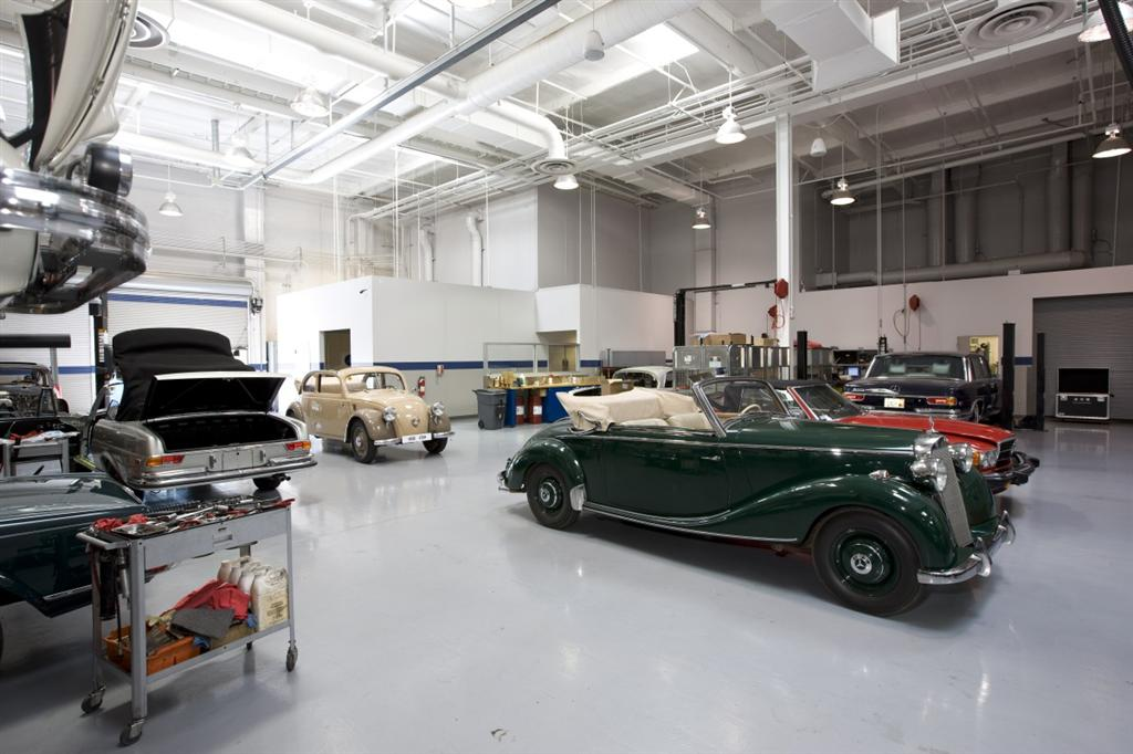 mercedes benz classic center shops
