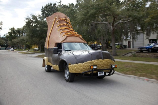 L L Bean Quot Bootmobile Quot Kicks Off 100th Anniversary