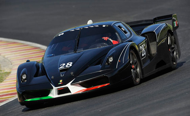 ferrari fxx evoluzione heading to auction video news. Black Bedroom Furniture Sets. Home Design Ideas