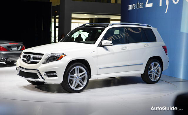 2013 mercedes benz glk diesel debuts 2012 new york auto show news. Black Bedroom Furniture Sets. Home Design Ideas