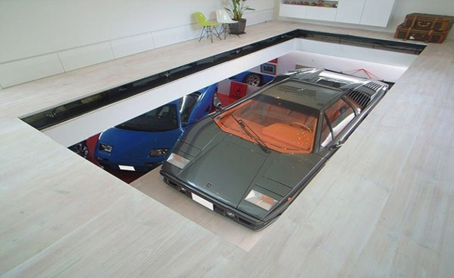 Toyko house features car elevator in the living room for Indoor elevator