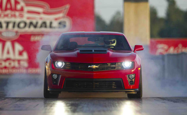 Drag Racing School In The Camaro Zl1 187 Autoguide Com News