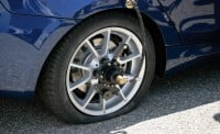 Run Flat Tires Why You Should Or Shouldnt Buy Them AutoGuide - Bmw 328i run flat tires