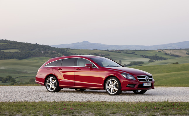 sexy mercedes benz cla may get a sexy shooting brake version. Black Bedroom Furniture Sets. Home Design Ideas