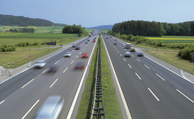 Autobahn speed limit proposed by german politicians for Mercedes benz autobahn