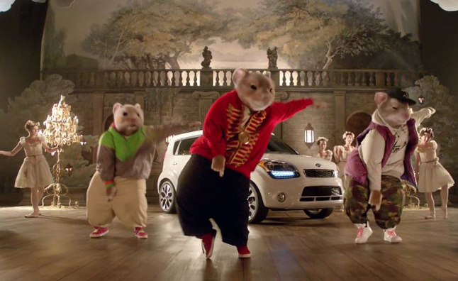 first kia hamster commercial video autos post. Black Bedroom Furniture Sets. Home Design Ideas