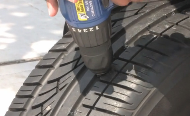 Rhinotire aims to eliminate flat tires video mercedes for Mercedes benz flat tire