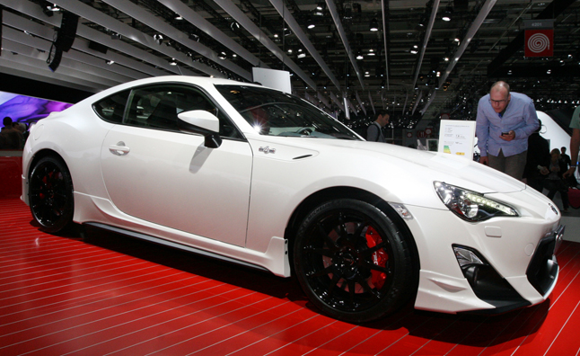 toyota gt86 trd is the scion fr s of your dreams. Black Bedroom Furniture Sets. Home Design Ideas