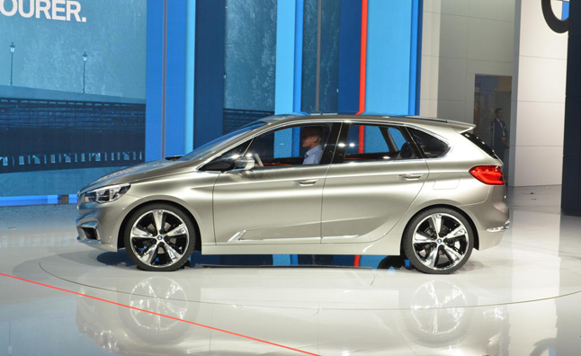 Bmw plotting 20 models with front wheel drive mercedes for Mercedes benz front wheel drive