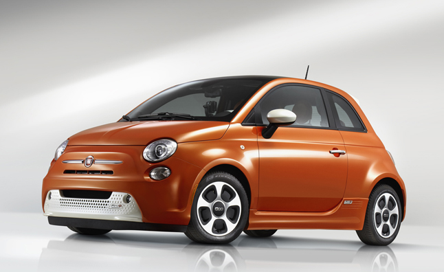 fiat 500e gives new buzz to brand lineup news. Black Bedroom Furniture Sets. Home Design Ideas