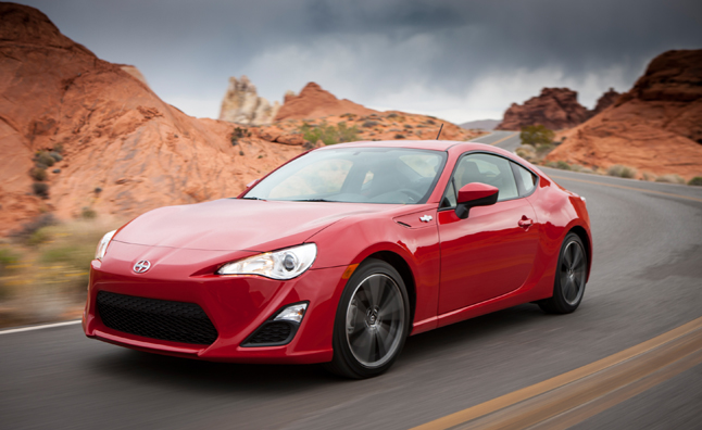2013 car of the year the scion fr s news. Black Bedroom Furniture Sets. Home Design Ideas