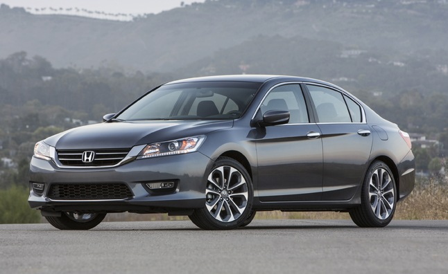 honda accord wins 2013 canadian car of the year